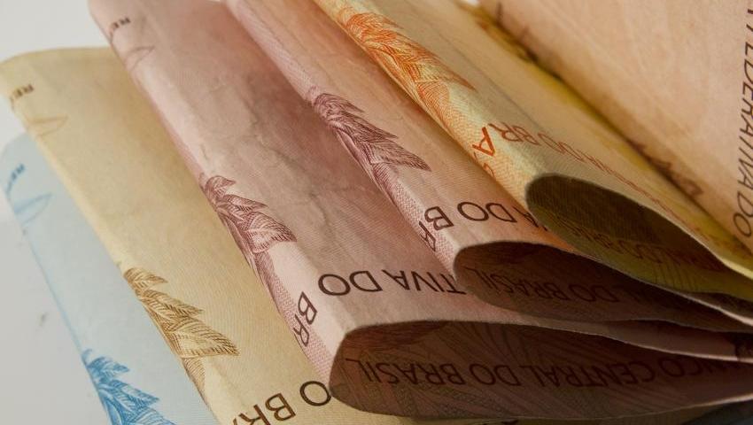 Medida Provisória com reajuste da tabela do Imposto de Renda é publicada no Diário Oficial