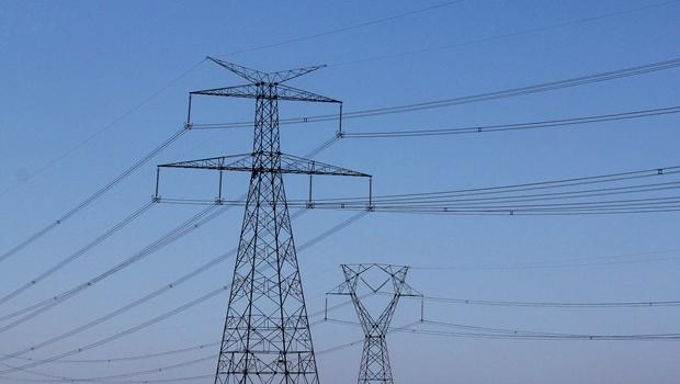 Uso de termelétricas gerará aumento nas contas de luz de janeiro