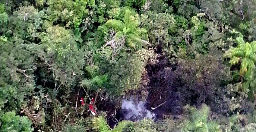 Helicóptero cai e deixa cinco mortos em litoral paulista