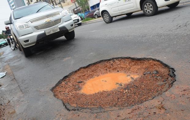 Jornal Opção Online lança campanha contra buracos nas ruas de Goiânia