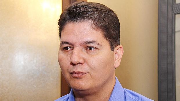 Heuler Cruvinel afirmou que, inicialmente, pretende cumprir mandato em Brasília