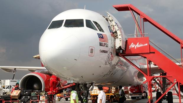 Acumúlo de gelo pode ter causado acidente de avião, diz agência de meteorologia