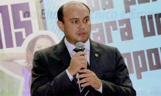 Sandoval Cardoso precisou ser barrado para não prejudicar mais o Estado
