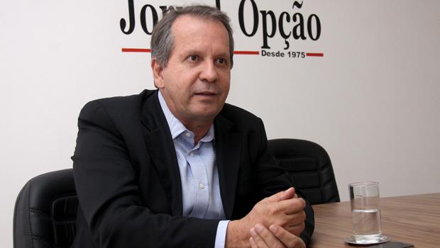 Ministro do TSE suspende inelegibilidade de Attié em Cristalina