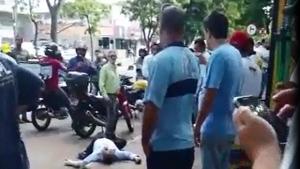 Dois assaltantes morreram no local | Foto: Reprodução/Vídeo