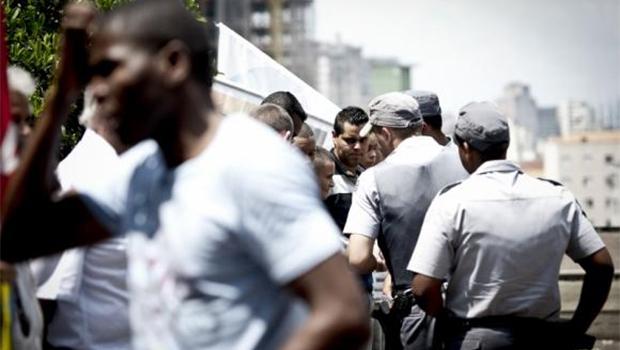 Índice de Vulnerabilidade Juvenil à Violência e Desigualdade mostra que os jovens negros têm 2,6 mais chances de morrer que os brancos | Foto: Marcelo Camargo/Agência Brasil