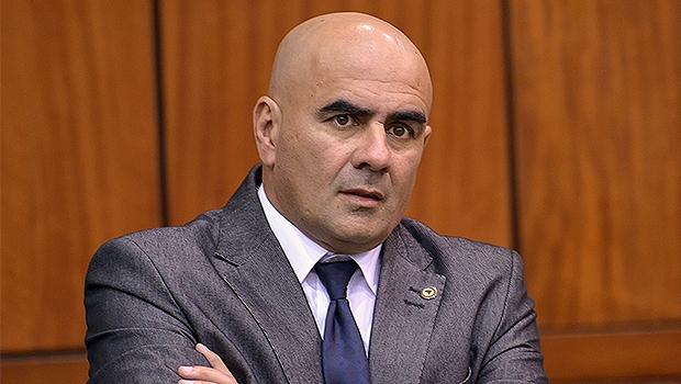 Paulo Cezar sugeriu que seu partido pare de pensar apenas em cargos no Paço Municipal, inclusive ele mesmo | Foto: Y. Maeda/Assembleia Legislativa