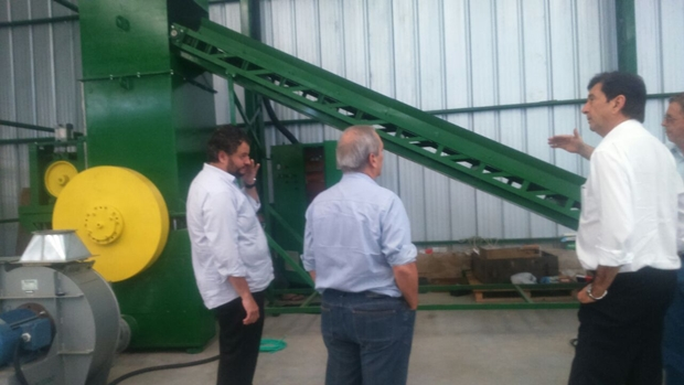 Maguito Vilela e Euler Morais visitam usina de resíduos sólidos no Rio Grande do Sul