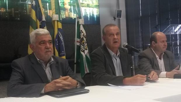 Em coletiva, Paulo Garcia explica projeto de reforma administrativa | Foto: Amanda Damasceno/Jornal Opção