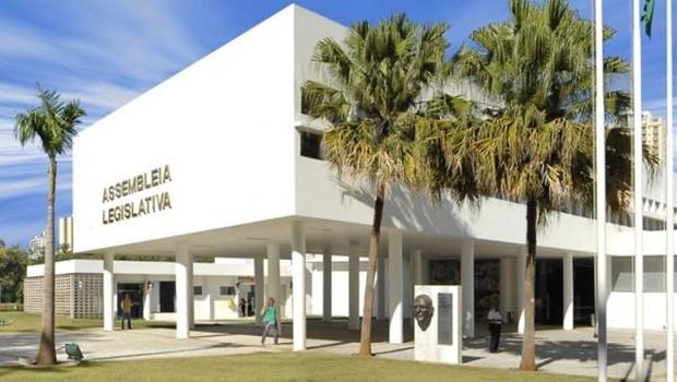 Deputados estaduais tomam posse neste domingo (1º/2) com desafio de manter diálogo com governo estadual
