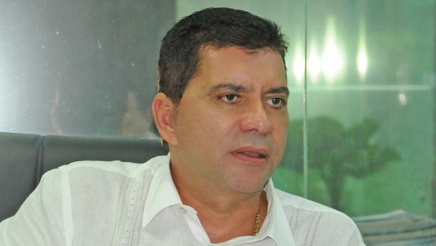 Amastha tem fortes chances de reeleição, mas visa 2018 / Antônio Gonçalves