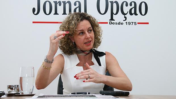 """Ana Carla Abrão: """"De fato, temos uma crise instalada"""""""