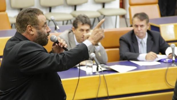 Vereador Paulo Magalhães (SD) discursa durante abertura do ano legislativo | Foto: Alberto Maia