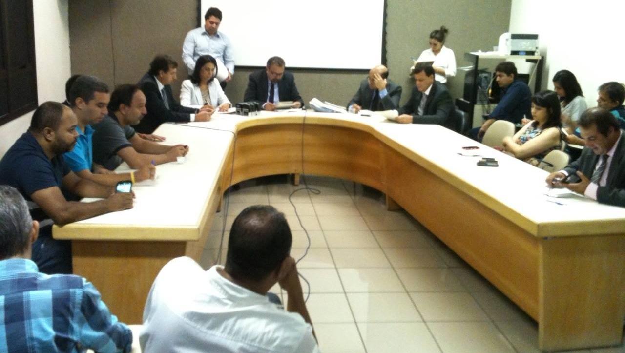 CCJ pede derrubada do veto à data-base