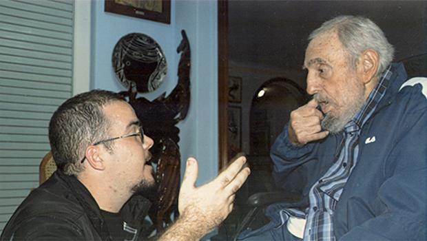 Cuba publica primeiras fotos de Fidel Castro em quase seis meses