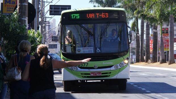 Número de ônibus em circulação reduz de 15% a 30% na Grande Goiânia