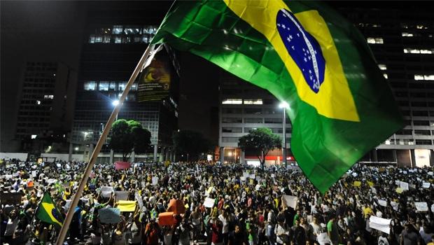 Apesar dos transtornos, a força da democracia é um valor positivo do Brasil dos tempos atuais