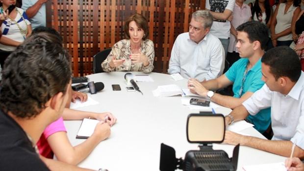 Raquel Teixeira concede coletiva de imprensa | Foto: Leoiran
