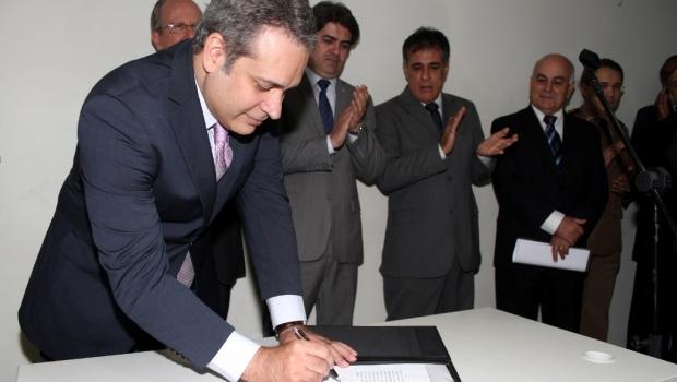 De acordo com o secretário de Governo, Henrique Tibúrcio, os beneficiários do Passe Livre podem ficar tranquilos | Foto: Reprodução Site da Segov