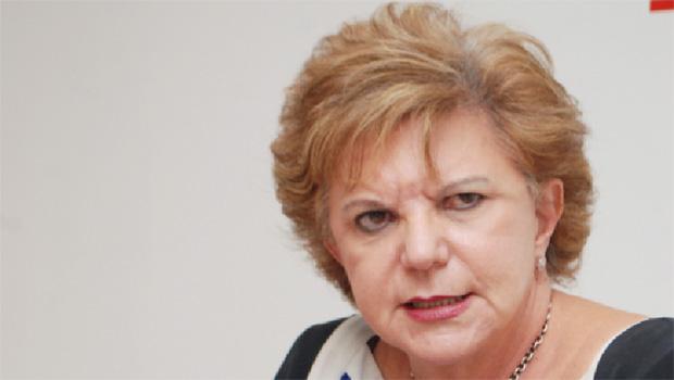 Lúcia Vânia pode assumir o controle de dois partidos para disputar mandato de senadora em 2018