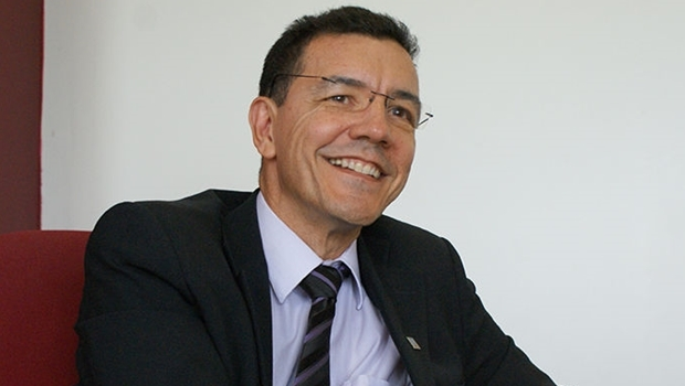 Professor Edward Madureira: se for para o MEC, não se canditará | Foto: Dermeval Saviani / UFG
