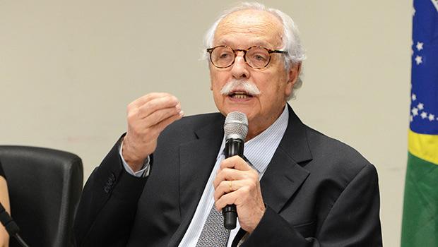 Modesto Carvalhosa: o governo de Dilma Rousseff quer retardar a aplicação  da Lei Anticorrupção | Foto:  Maurício Garcia de Souza