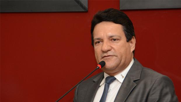 Deputados querem reavaliar repasses do Executivo aos demais Poderes