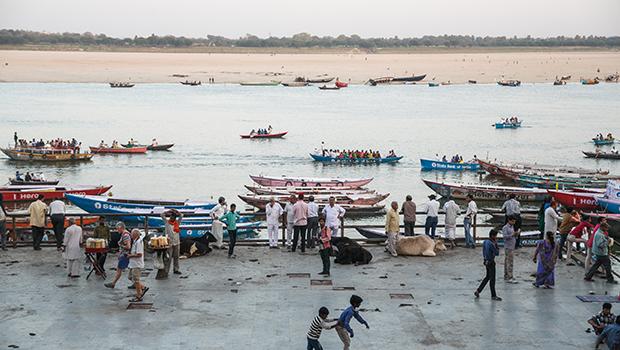 Os porquês de visitar e morrer em Varanasi