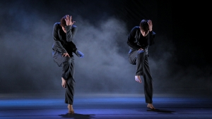 """Darkness Poomba"", da Modern Table Contemporary Dance Company (Coreia do Sul) 