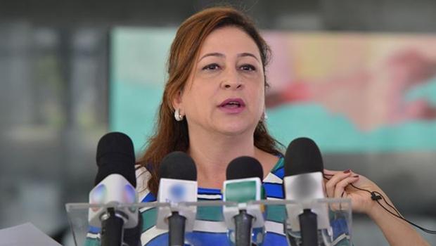 """Kátia Abreu anuncia Plano Nacional de Defesa Agropecuária: """"Prioridade para o governo"""""""