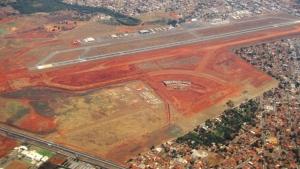 Imagem de julho de 2013 mostra obras ainda em estágio inicial | Foto: Fernando Leite/Jornal Opção