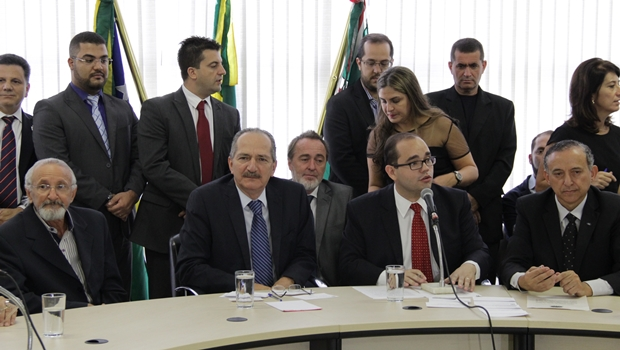 Aldo Rebelo participa de audiência pública na Câmara Municipal