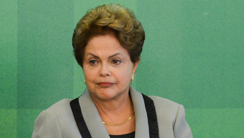 No sufoco, Dilma engoliu sapo, vomitou borboleta e revelou o novo jogo de cintura