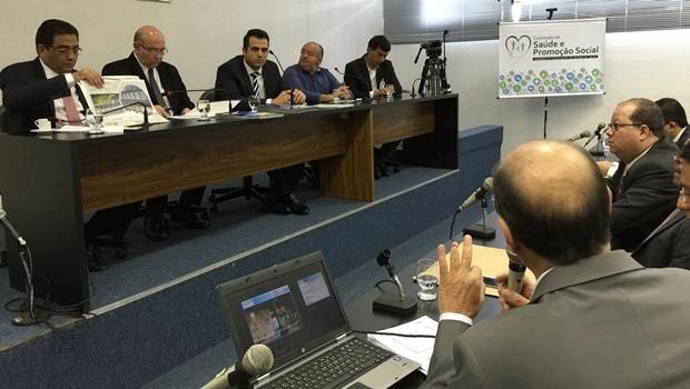 Deputados na Comissão que discutiu OSs na Saúde | Foto: Assessoria