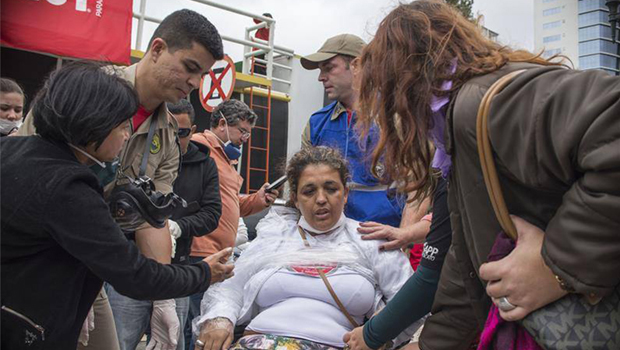 Ao menos 150 servidores ficam feridos em protesto contra aprovação de projeto de lei no Paraná