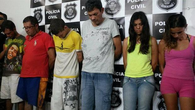 Parte da quadrilha foi apresentada nesta terça-feira pela polícia | Foto: Marcelo Gouveia
