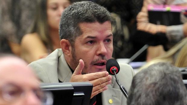 Delegado Waldir (PSDB), durante CPI da Petrobras | Foto: Gabriela Korossy