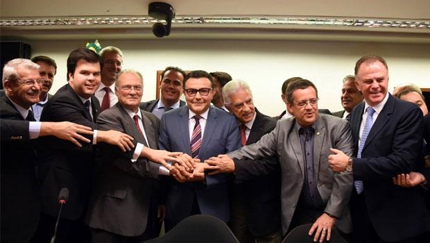 Roberto Freire e Carlos Siqueira: fusão do PPS com o PSB sinaliza que outra esquerda quer substituir o petismo | Foto: Humberto Pradera