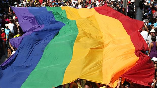 """Protesto contra a """"cura gay"""" é marcado para esta sexta-feira (22) em Goiânia"""