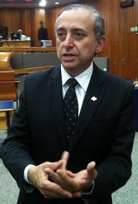 Anselmo Pereira diz que vereadores tem obrigação a doença | Foto: Marcello Dantas