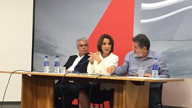 Superintendente Aguinaldo Coelho, secretária Raquel Teixeira e o diretor do CCON, Nasr Chaul durante a audiência | Foto: Alexandre Parrode / Jornal Opção