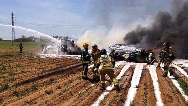 Avião militar cai na Espanha e mata pelo menos oito pessoas