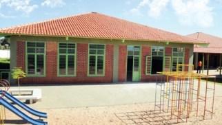"""Entreguei 10 escolas e 24 Cmeis.  e tem mais 9 unidades em construção,  oito delas entregaremos até dezembro"""""""