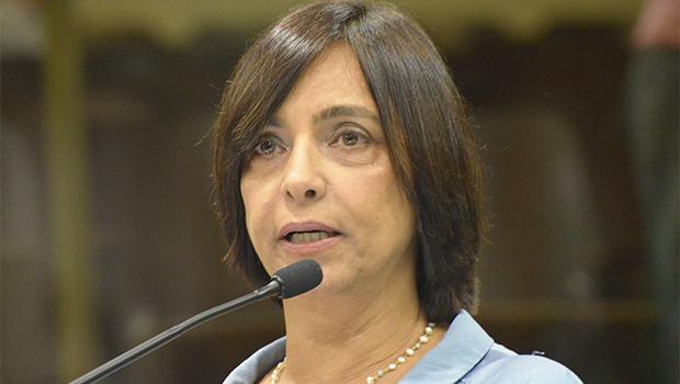 PC do B pode bancar Isaura Lemos ou Plínio Marcus para vereador em Goiânia