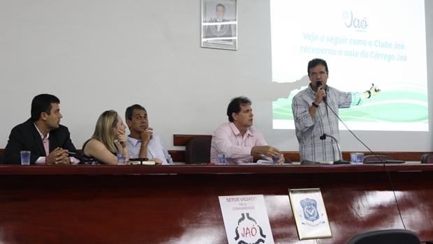 Moradores do Jaó saem em defesa do Clube na disputa de áreas com o Estado