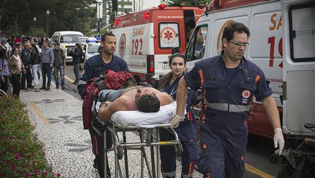 Violência:mais de 200 feridos em manifestação de professores no Paraná