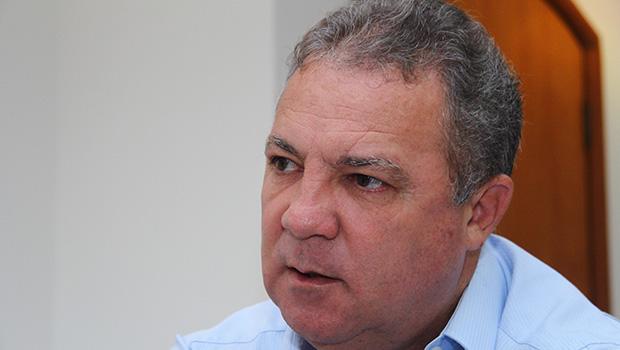 Misael Oliveira volta ao batente como servidor da Sefaz