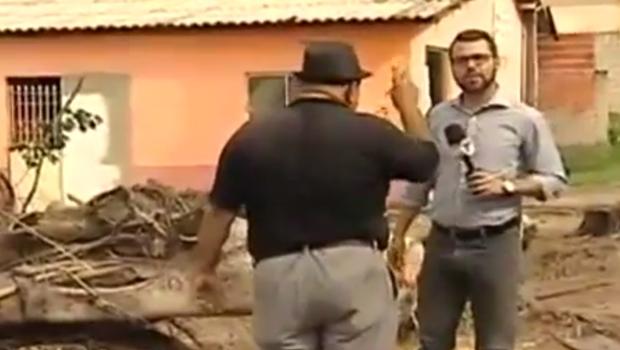 Repórter do SBT se desentende com entrevistado e bate boca vai ao ar