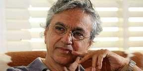 """""""Caetano Veloso diz que nos EUA preto é preto e branco é branco e a mulata """"não é a tal"""", porque lá não existe mulata. É muito diferente do brasil"""""""