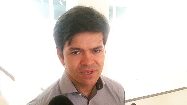 Secretário Fernando Machado confirmou que questão ainda não foi resolvida | Foto: Marcello Dantas/Jornal Opção Online